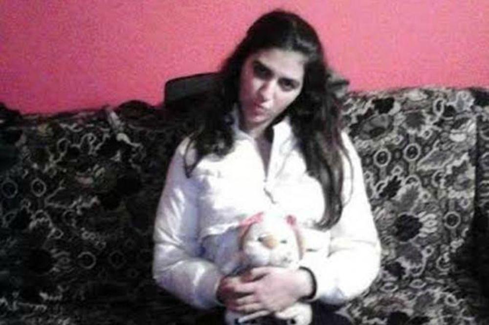 POTRAGA ZA JOŠ JEDNOM DEVOJČICOM: Roditelji prijavili nestanak Marine Stojanović (17)!