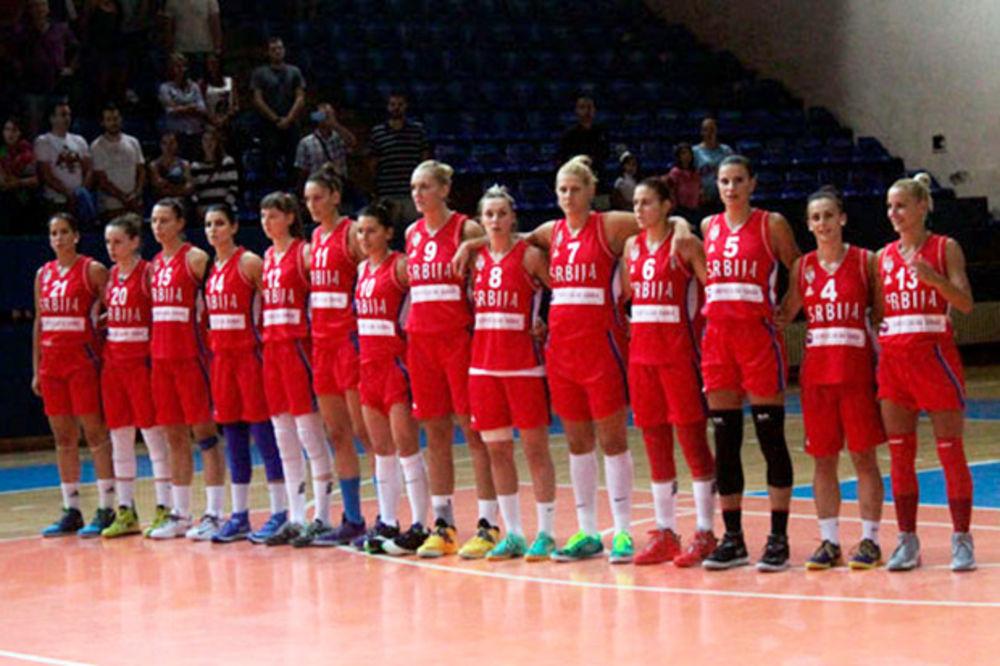 (FOTO) ISTORIJSKI MEČ: Američke košarkašice posle 30 godina gostovale u Beogradu