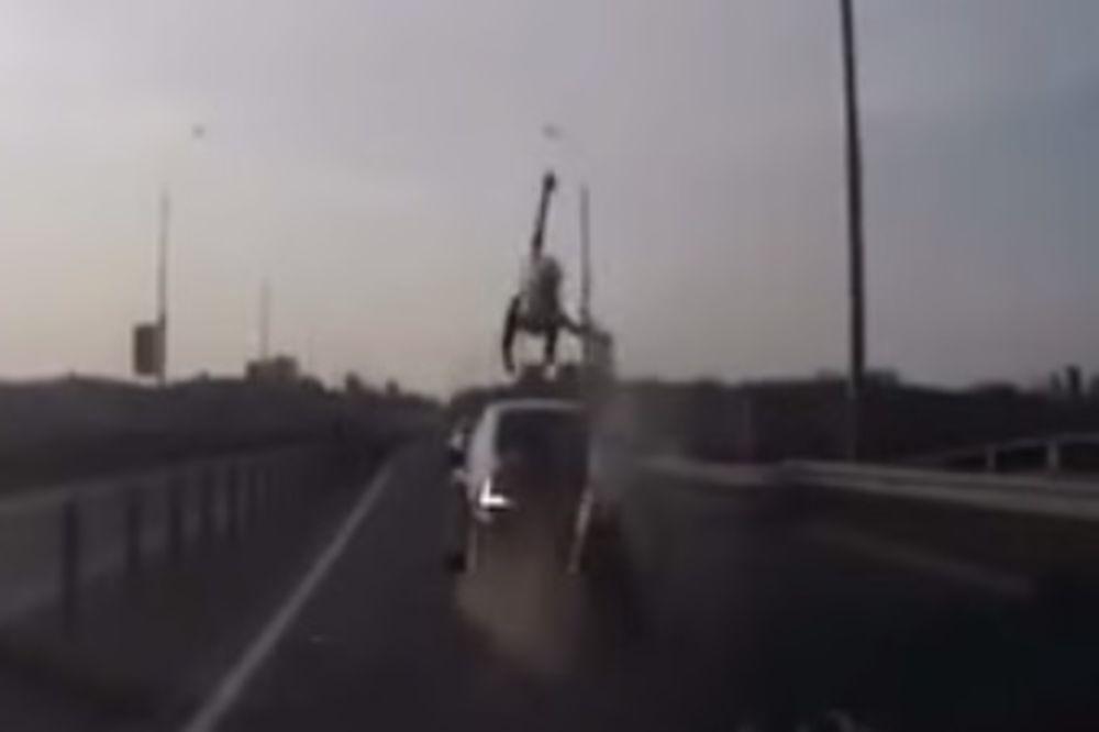 SALTO MORTALE: Nijedan motorista u istoriji ovako nešto nije uradio!