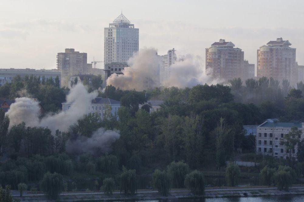 UŽIVO DAN 212: BORBE NA AERODROMU: U Donjecku se čuju eksplozije!