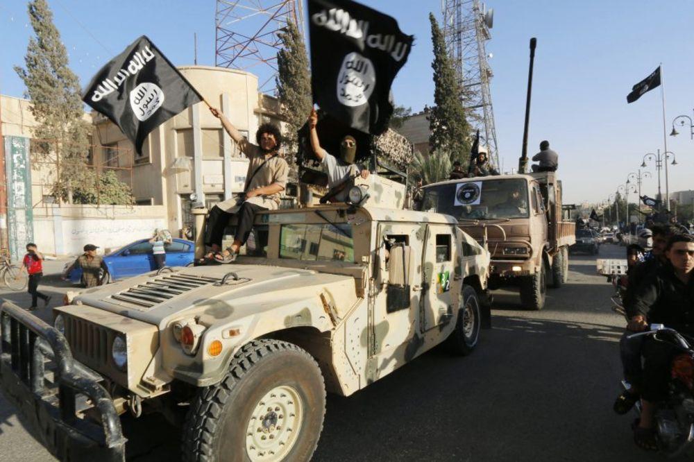 SPUSTIO ORUŽJE I SAMO OTIŠAO: Francuz dezertirao iz ISIL! Nikad nećete pogoditi zbog čega...