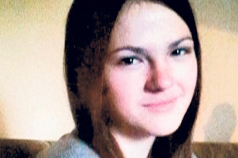 Vesti - IVANA UBIJENA: Telo devojčice (14) koja je pobegla od kuće pronađeno u Rakovici!