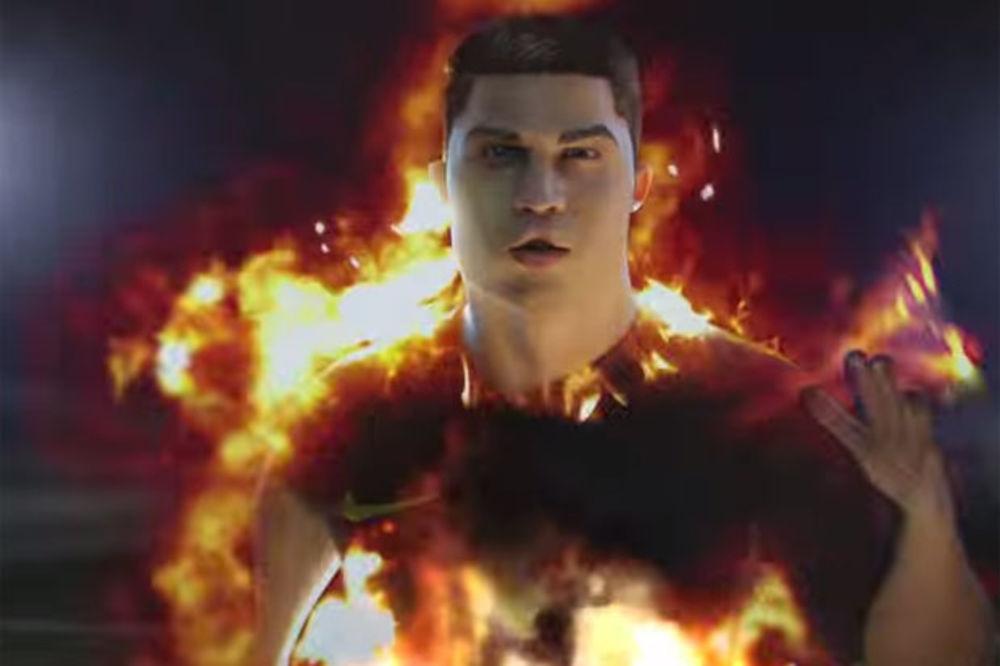 (VIDEO) KAO MUNJA: Pogledajte kako se Ronaldo zapalio od brzine