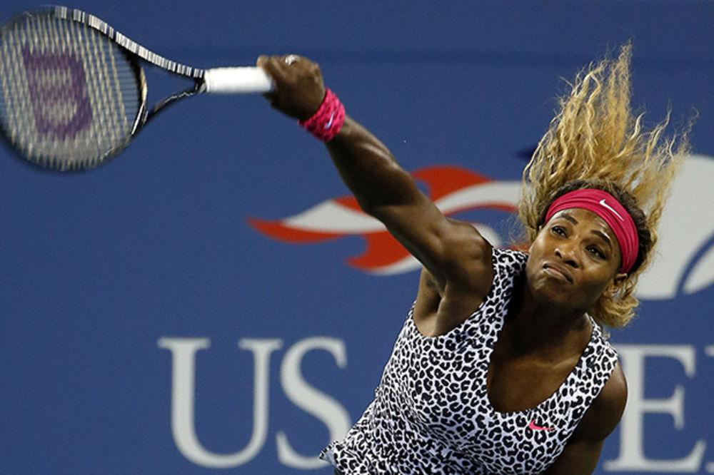 DIVLJA MAČKA: Pogledajte u kakvoj haljini igra Serena na US openu (FOTO)