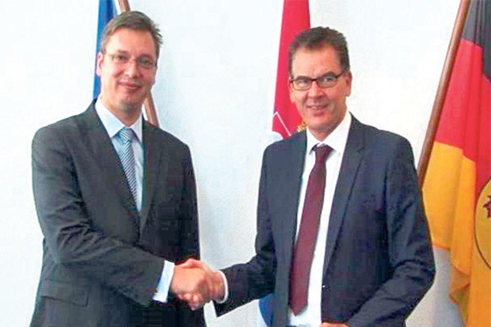 Vučić: Srbiji treba pomoć Nemačke za mlade