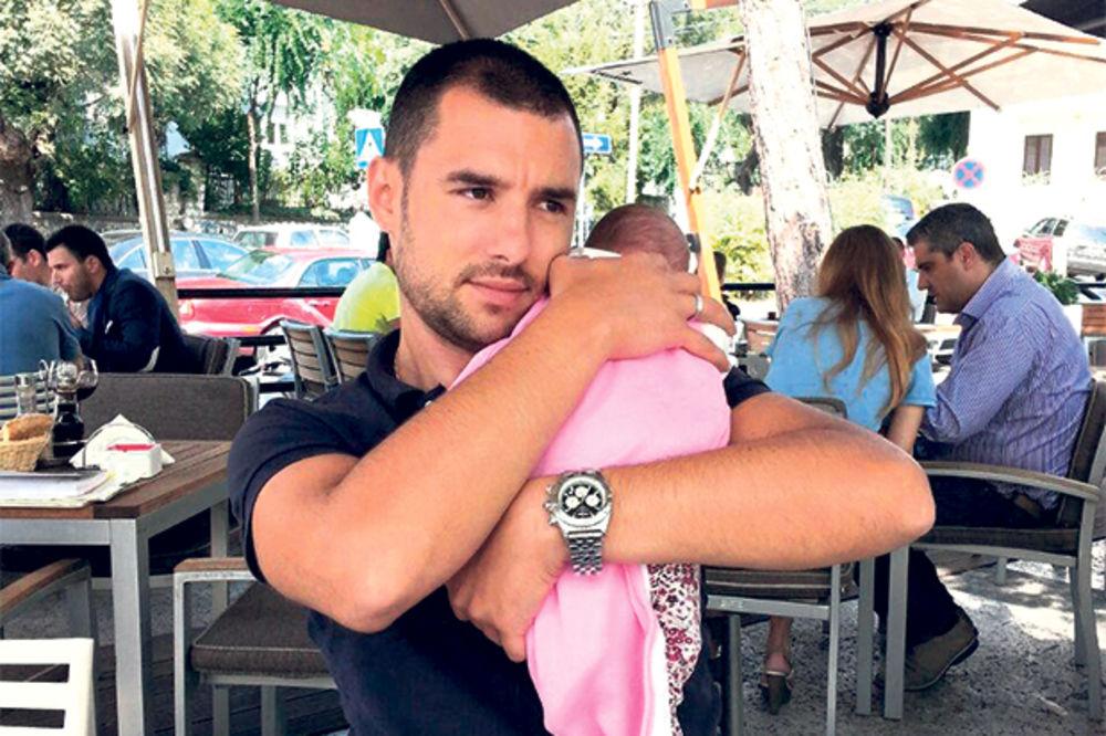 Nemanja Stevanović izveo ćerku u kafanu