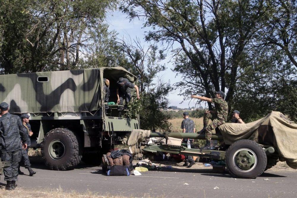 OSVOJEN NOVOAZOVSK: Proruske snage napreduju ka jugu