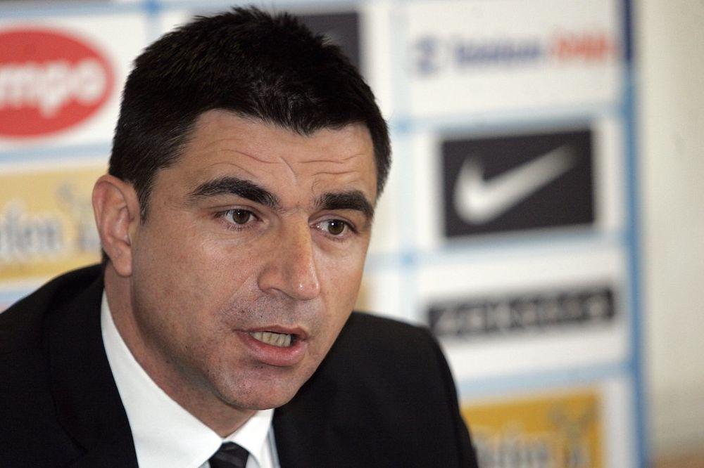 MLADI UDARAJU NA ITALIJU I IRSKU: Ćurčić saopštio spisak za kvalifikacione utakmice
