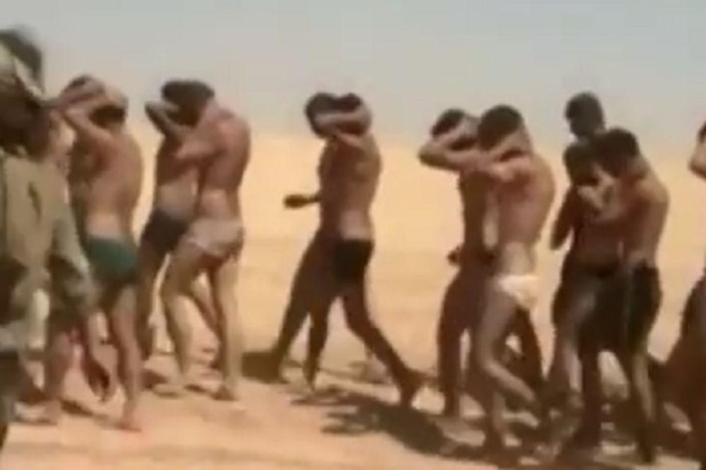 (VIDEO) TERALI IH DA MARŠIRAJU POLUGOLI: Džihadisti zarobili i pogubili 250 sirijskih vojnika!