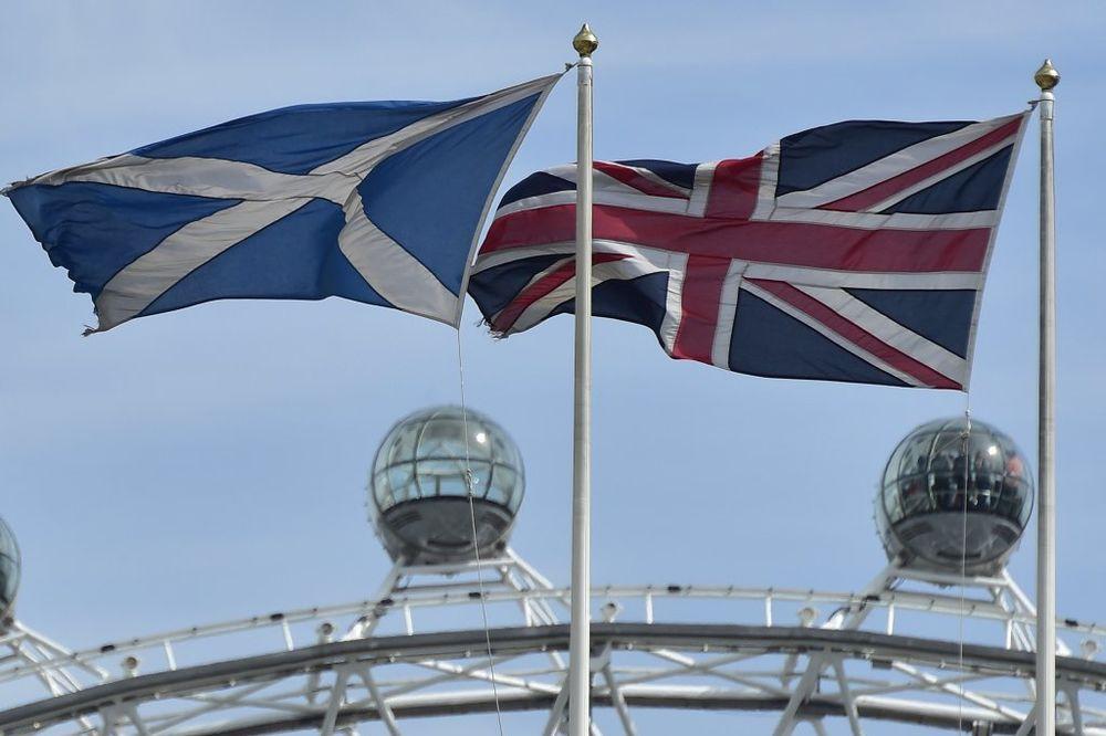 TESNA TRKA: Podrška nezavisnosti Škotske povećana za četiri odsto