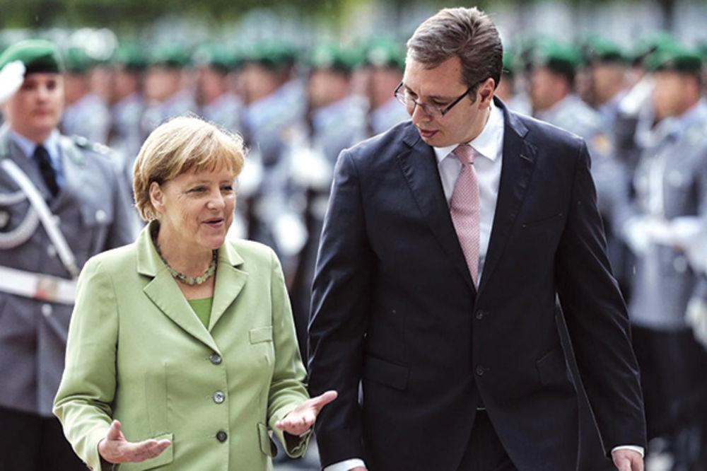 DOMINIRAO USRED BERLINA: Vučić se hvalio zlatnim Veljom pred Angelom