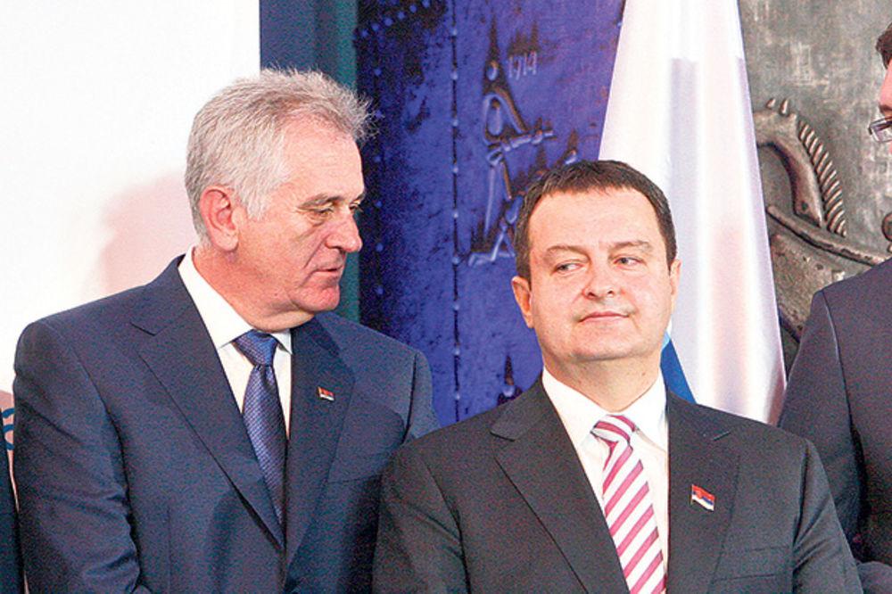 Nikolić: Dačić je lud ako misli mene da smeni!