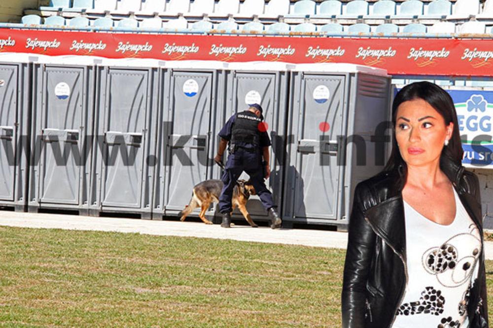 (FOTO) ČUVAJU CECU KO MALO VODE: Policijski psi češljaju stadion pred spektakl u Sarajevu!