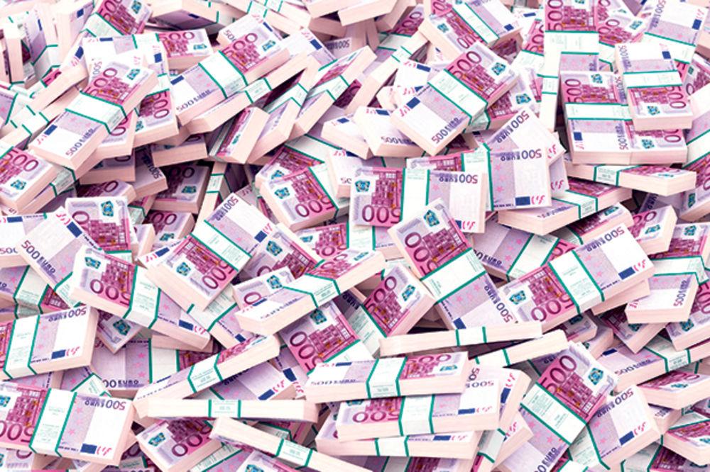 Devizne rezerve nam pale za milijardu evra