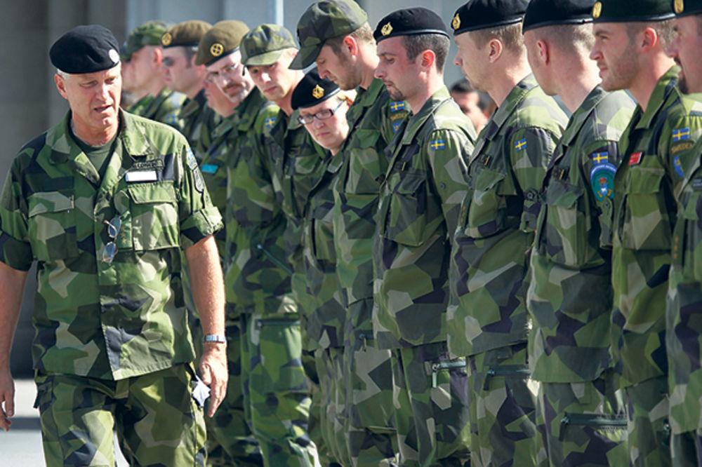 NATO sprema 10.000 vojnika protiv Rusije!