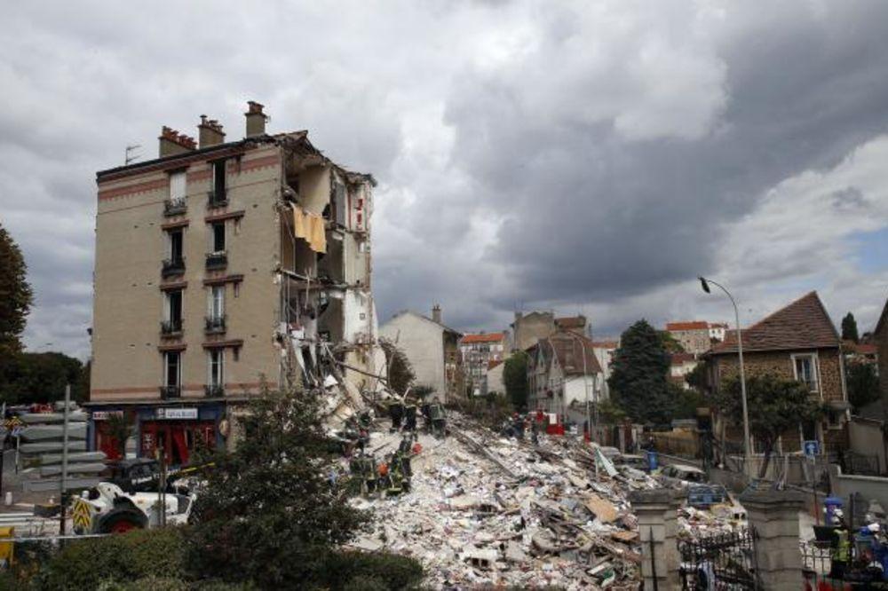 PARIZ: Dete (3) i dvoje odraslih poginuli u rušenju zgrade