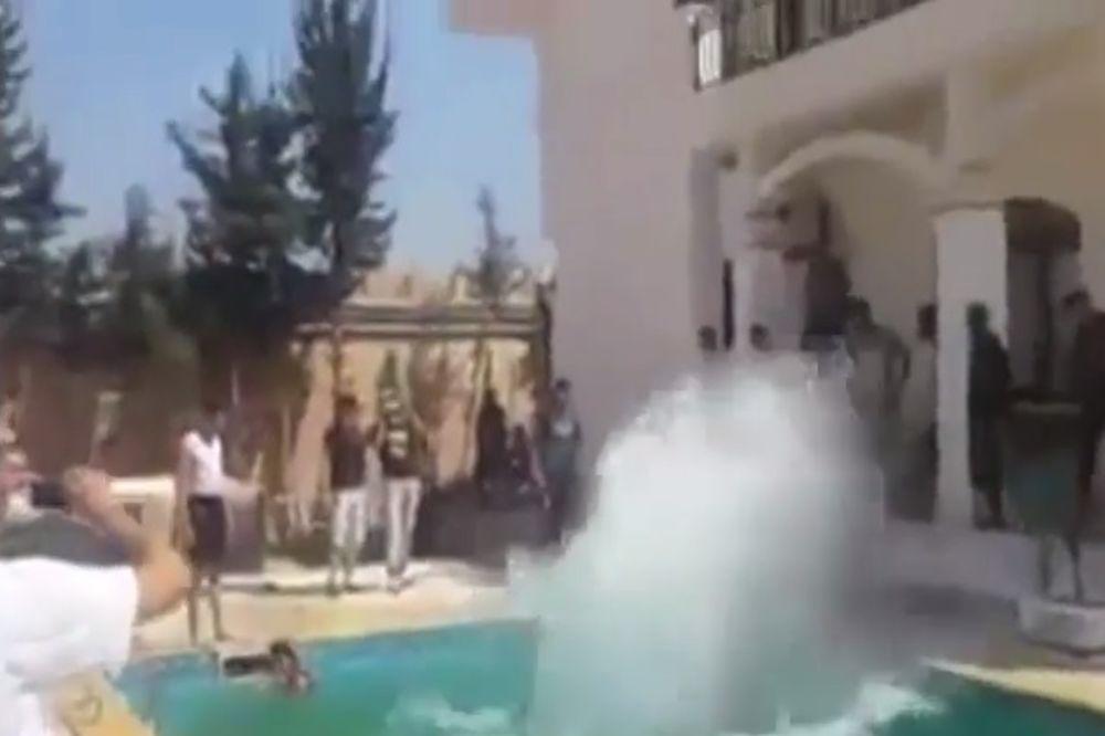 ŽURKA ISLAMISTA: Upali u američku ambasadu u Tripoliju pa pravili parti! (VIDEO)