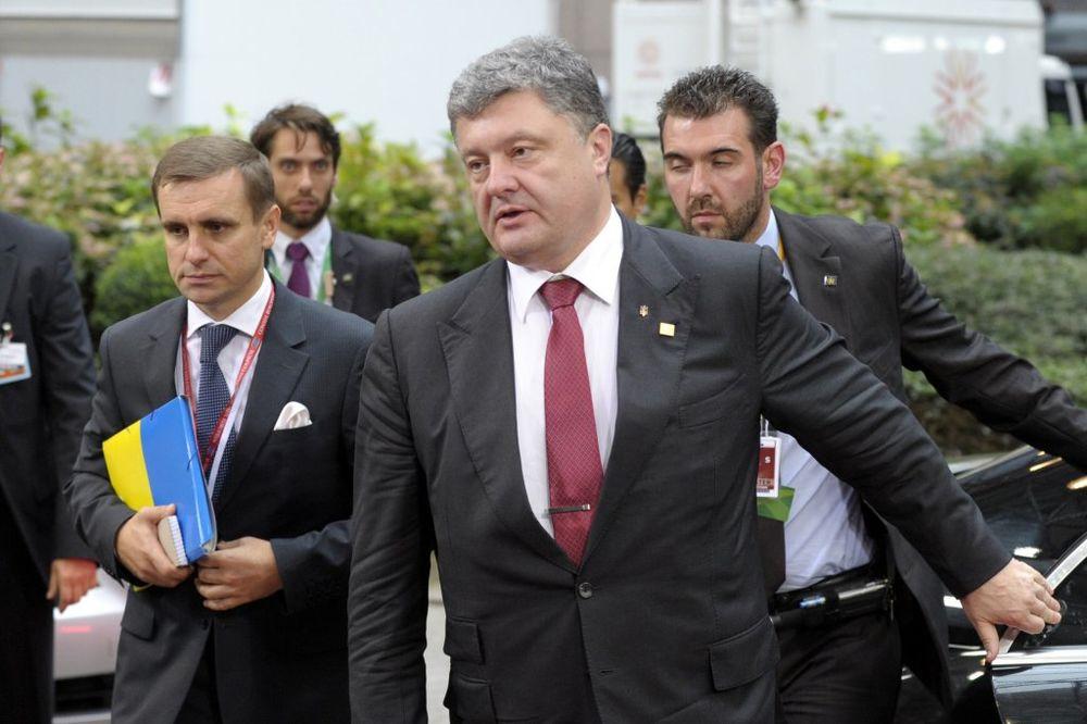 POROŠENKO: Rusija pokrenula direktnu i otvorenu agresiju protiv Ukrajine