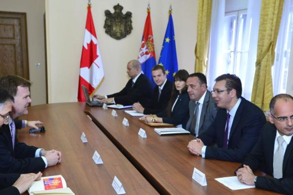 Vučić razgovarao sa Berdom