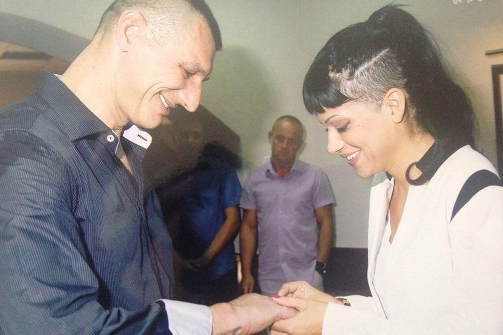 (FOTO) Ovako je Dunja Ilić izgledala na venčanju!
