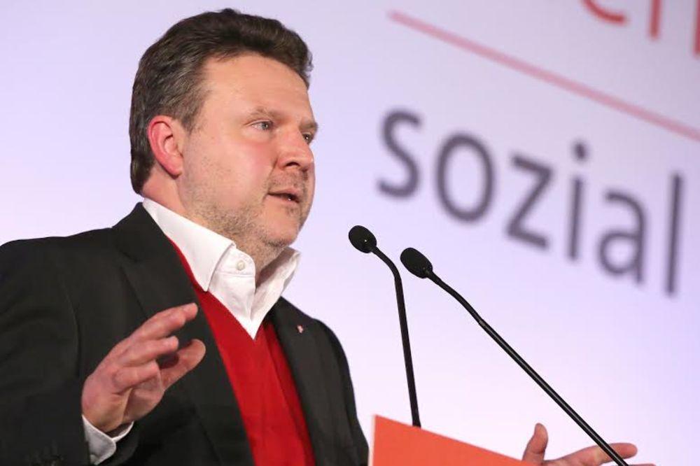LUDVIG: Nećemo privatizovati opštinske stanove u Beču!