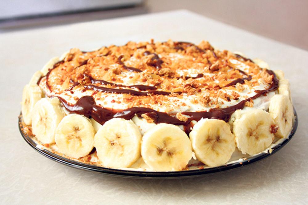Brza torta s bananama i keksom