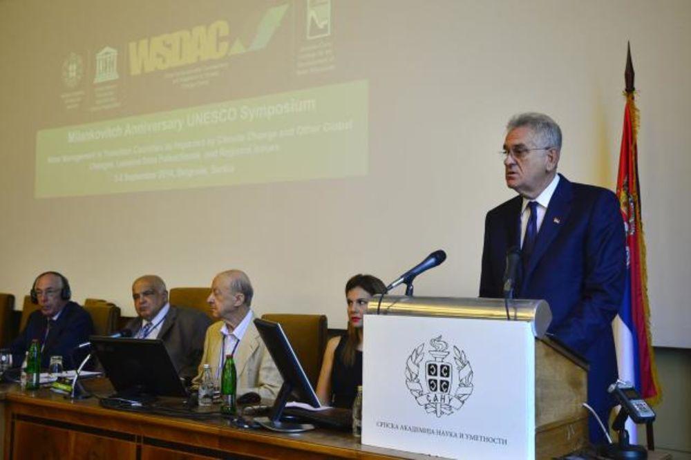 Nikolić: Promeniti svest kada je reč o potrošnji vode