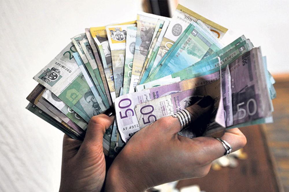 VLADA SRBIJE: Minimalac povećan na 121 dinar po satu
