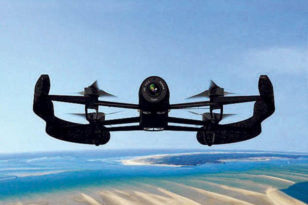 PAPARACO DRONOVI: Holivudske zvezde u strahu od letelica