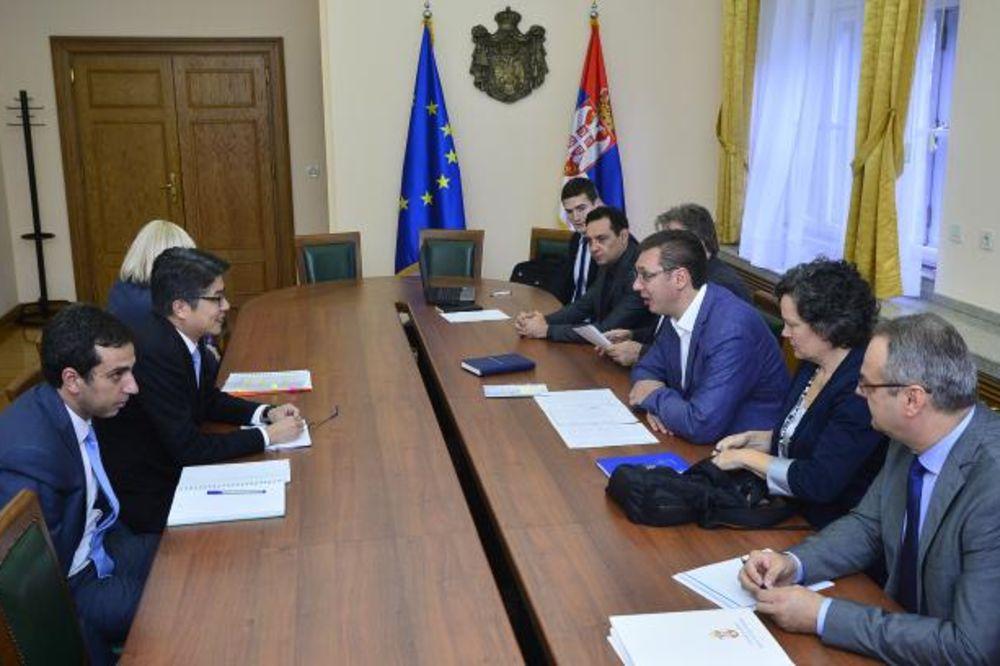 ZAVRŠEN SASTANAK U VLADI: Vučić sa MMF o platama i penzijama