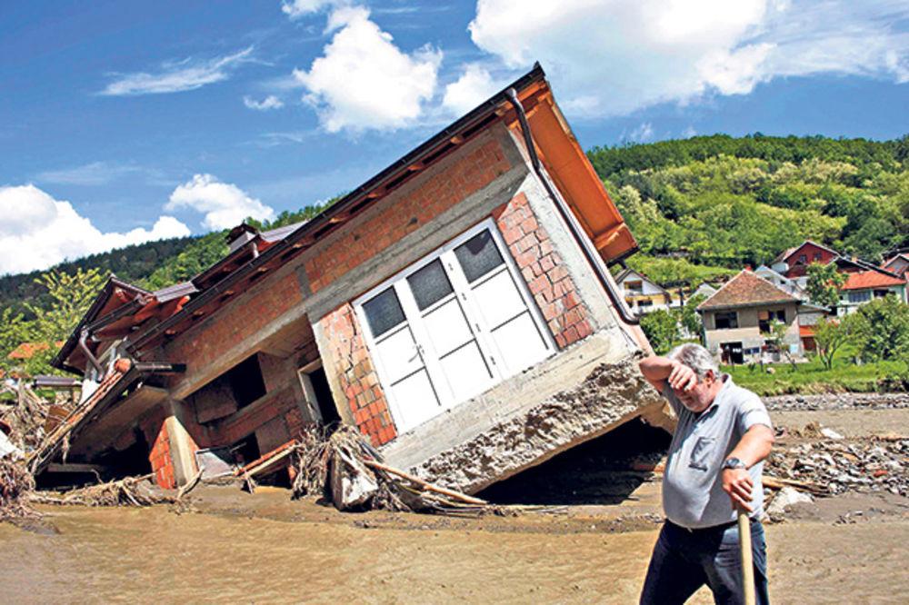 DISKRIMINISANI: Ko ima dve kuće ne dobija pomoć države za štete od poplava!