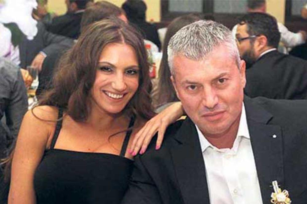 PRITVOR IM PODGREJAO LJUBAV: Nevena Adžemović se vratila mužu!