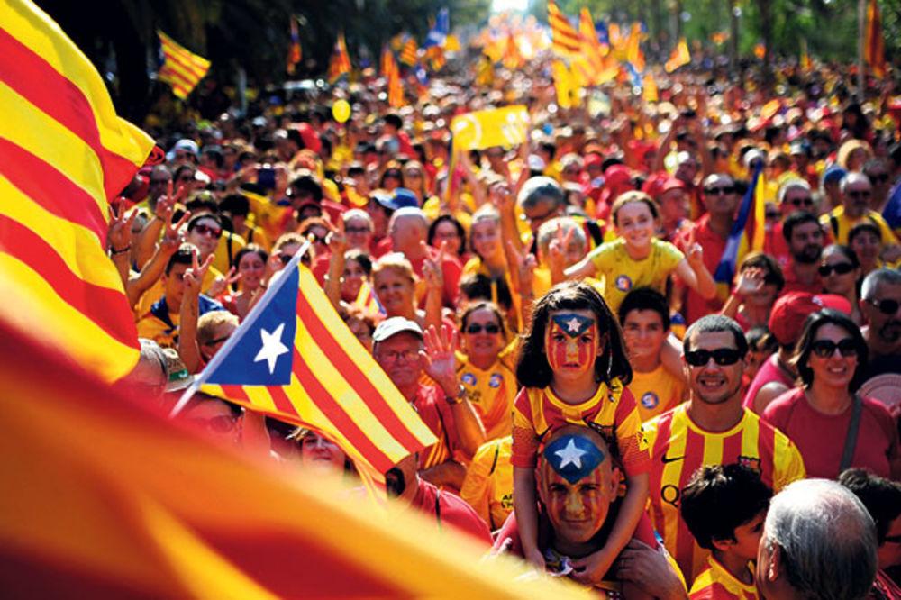 KATALONIJA NE ODUSTAJE: Parlament ovlastio predsednika da raspiše referendum