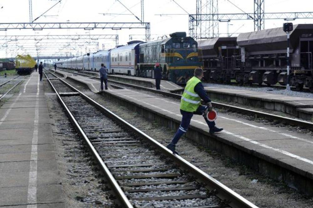 NASTAVLJEN PROTEST NEGE KOLA: 35.000 Beograđana bez Beovoza i BG voza