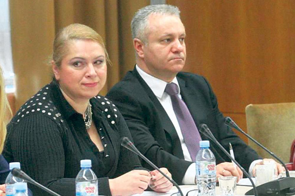 BAŠ SU SE NAŠLI: Mlađan Dinkić za savetnicu angažovao ženu pod istragom