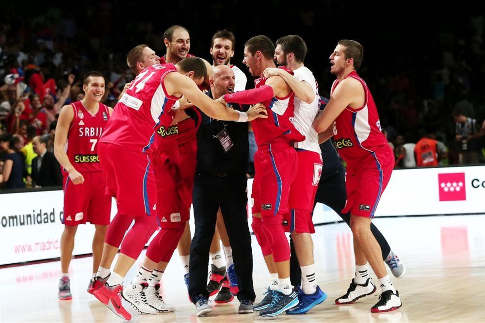 SRBIJO, RADUJ SE: Košarkaši savladali Francusku i igraju za zlato protiv Amerike