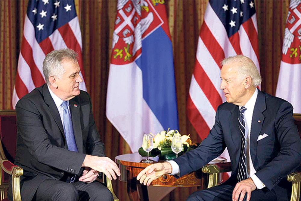 NIKOLIĆ UVREDIO BAJDENA: Amerikanci otpisali Srbiju zbog Tome!