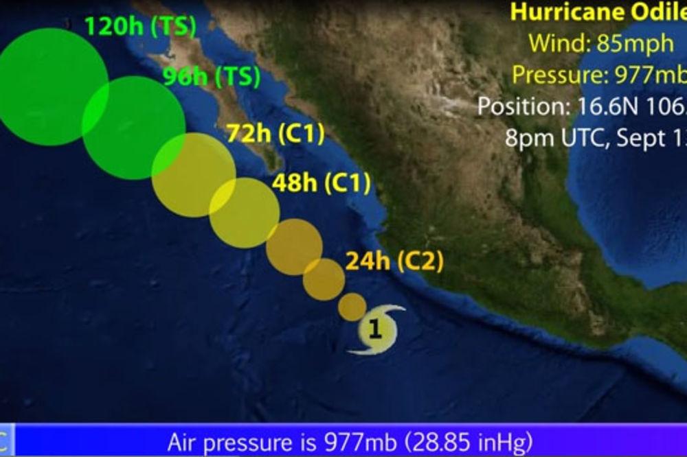(VIDEO) MEKSIKO U PANICI: Uragan Odil donosi potop i odrone zemljišta
