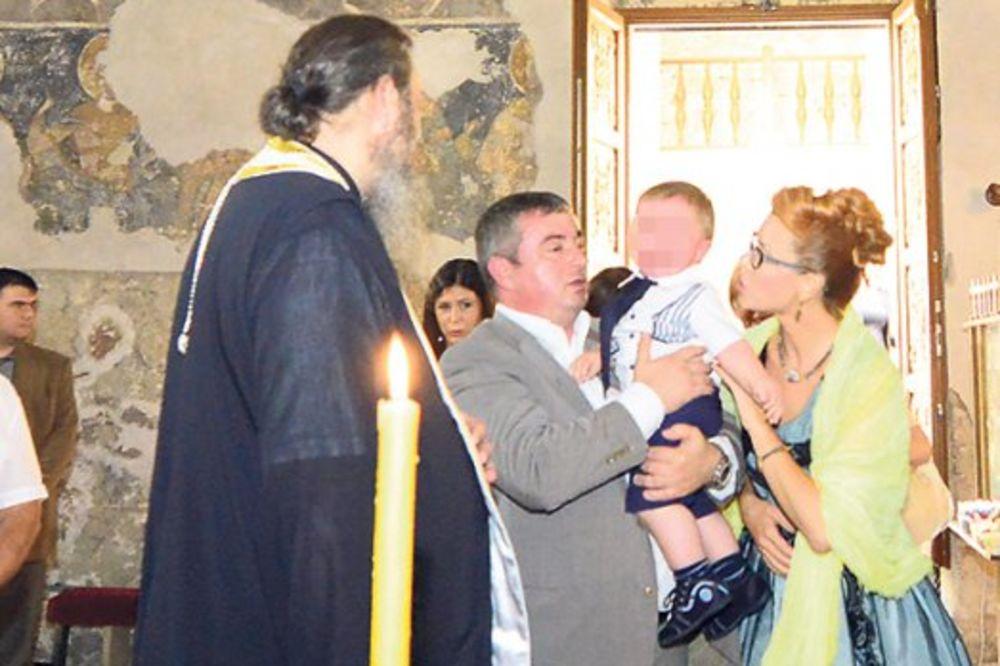 TAJNA VEZA: Jovica Stanišić krstio Bajatovićevog sina!