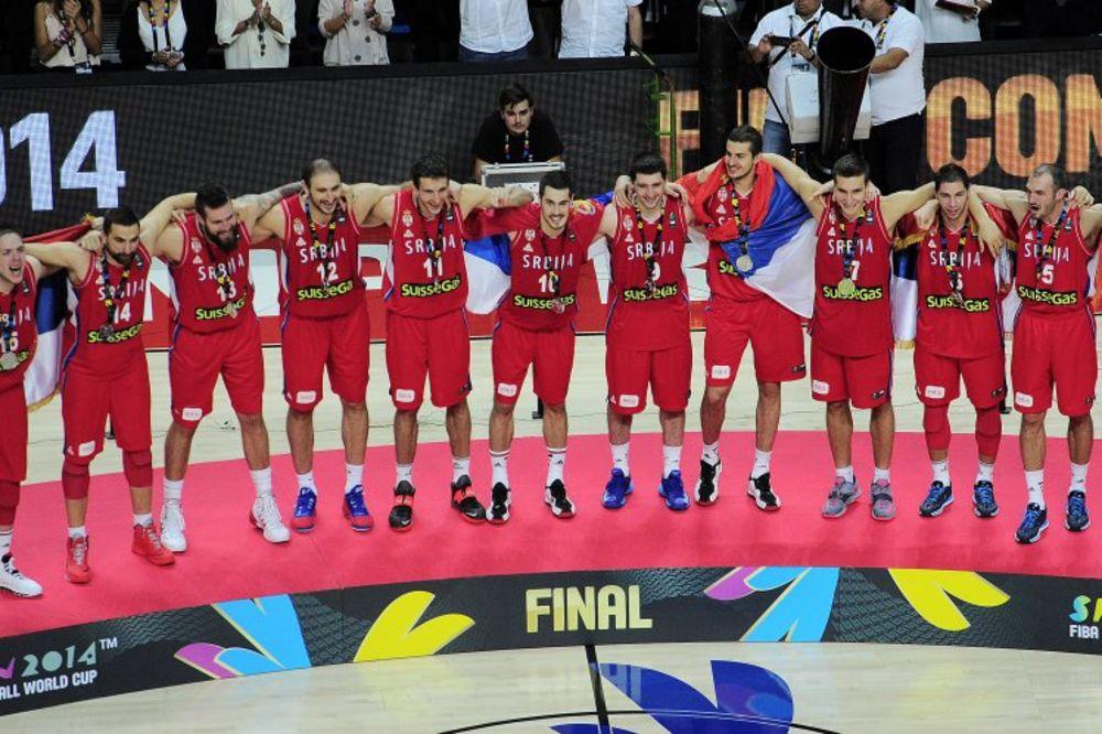 SREBRO VAM SE POZLATILO: Košarkaši Srbije drugi na svetu
