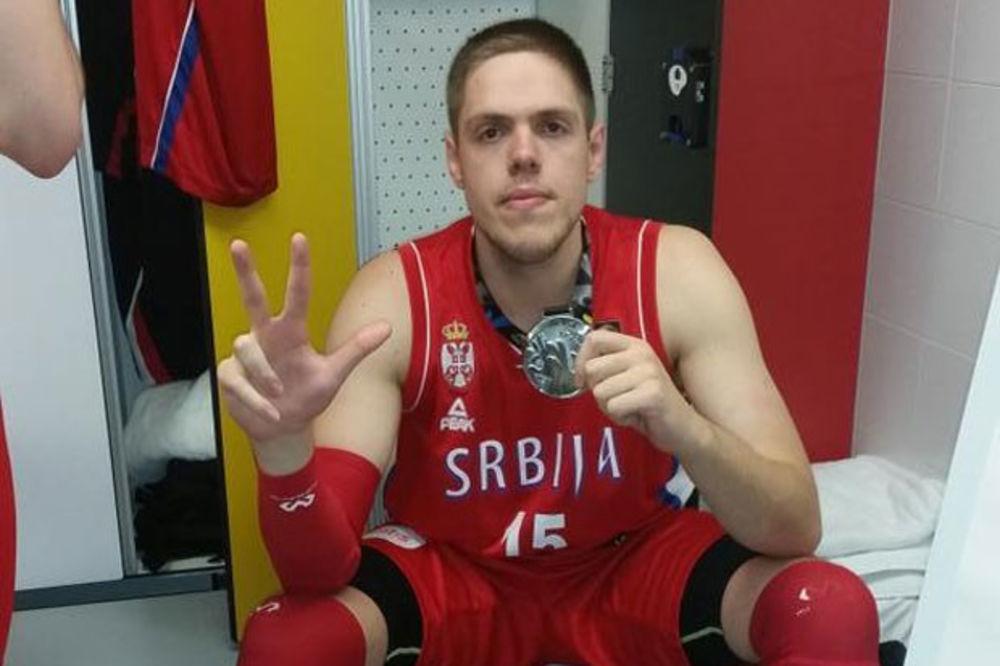 OVI MOMCI ĆE BITI ŠAMPIONI: Oduševiće vas poruka košarkaša koji neće ići na Evrobasket