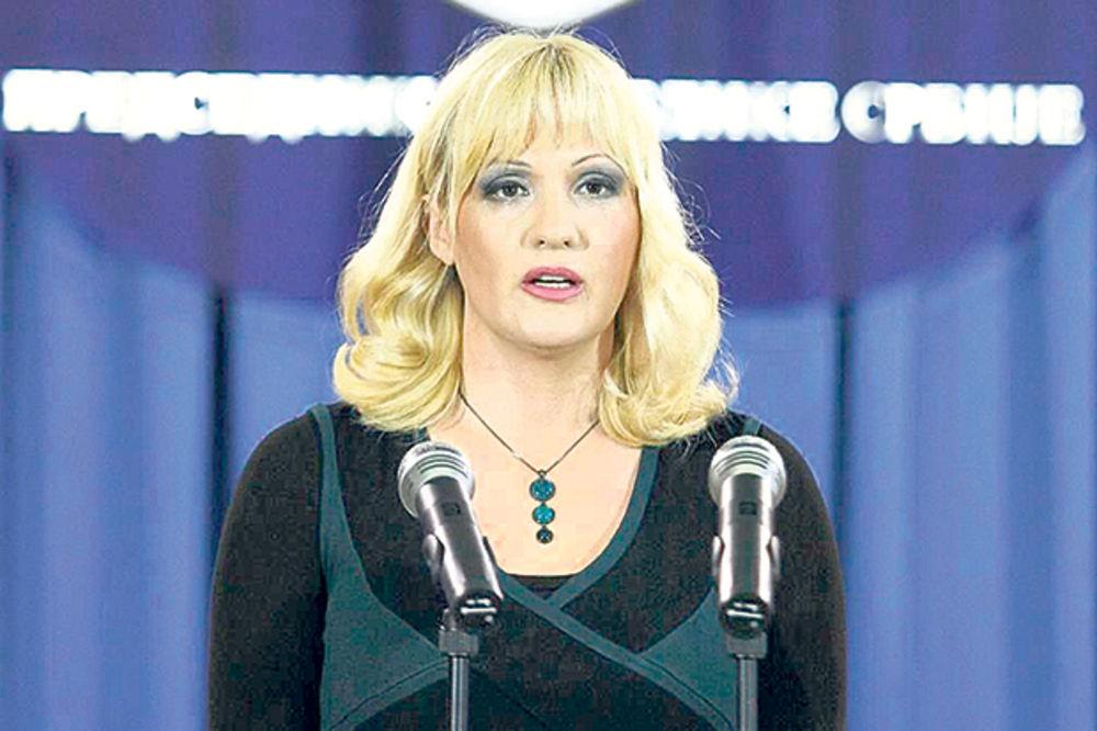 SAVETNICA PREDSEDNIKA: Kampanja protiv Nikolića traje konstantno