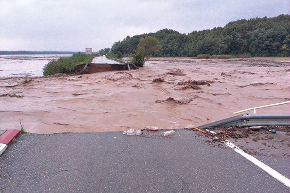 Obilne kiše prete da poplave celu istočnu Srbiju!