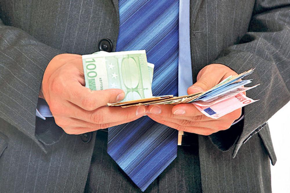 UHAPŠEN: Tražio 1.000 evra da obustavi licitaciju