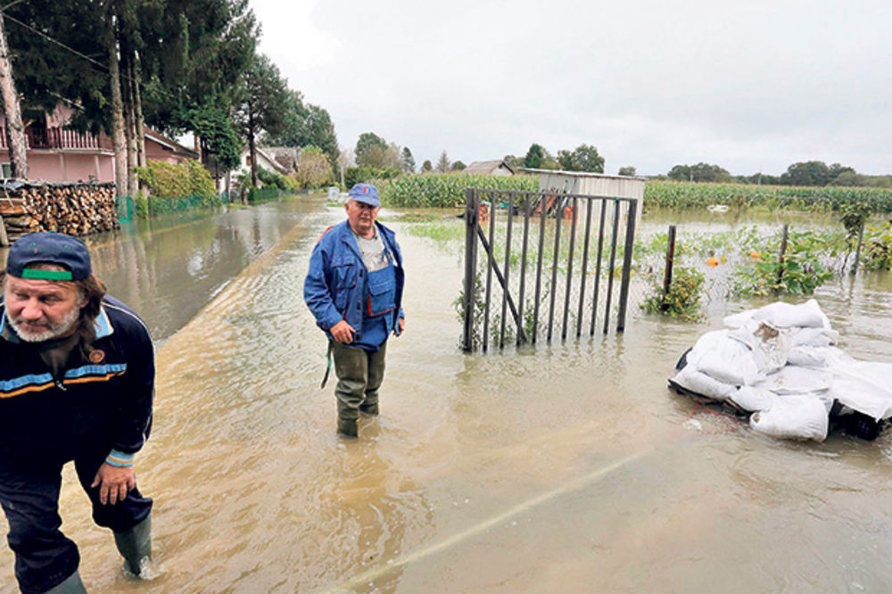 POPLAVE: U Hrvatskoj nastao haos, a najgori udar se tek očekuje