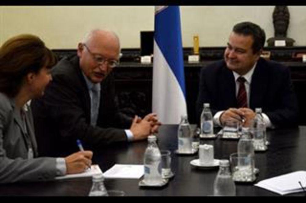 Dačić i Ferhojgen: Srbija spremna za članstvo u EU