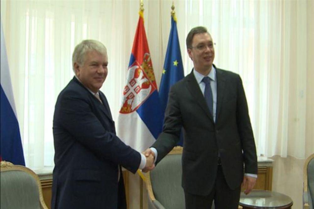 Vučić: Srbija za rešenje ukrajinske krize mirnim putem