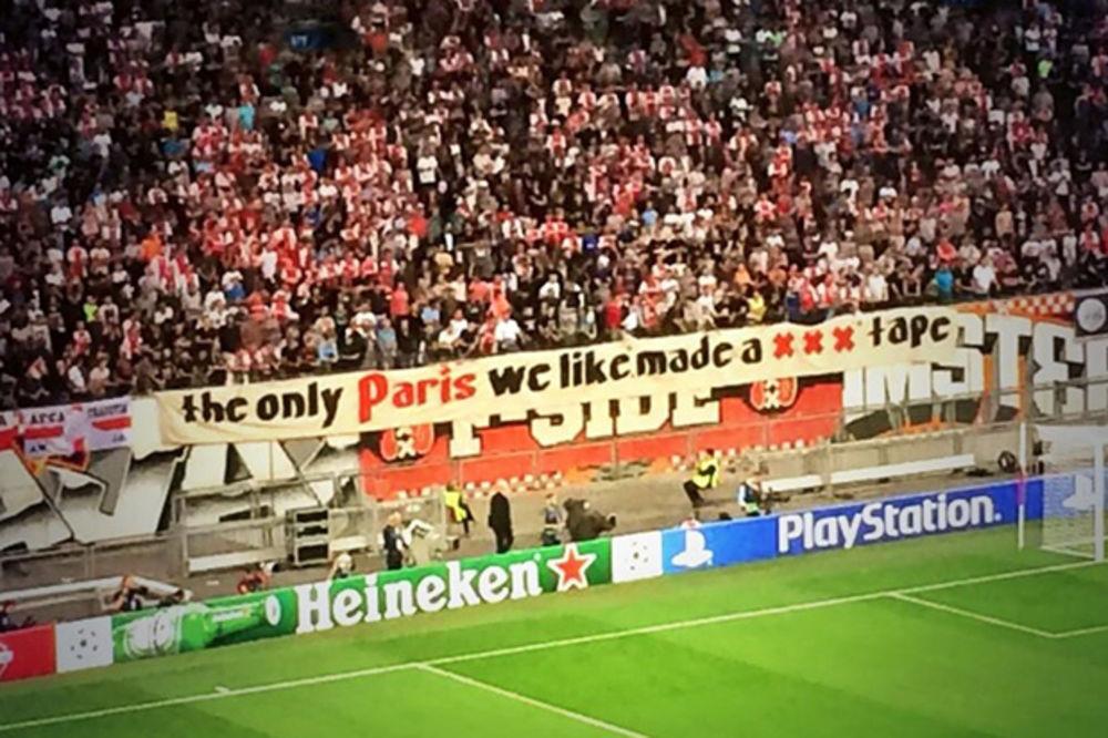 (FOTO) ORIGINALNI NAVIJAČI AJAKSA: Volim Pariz, ali ne taj...