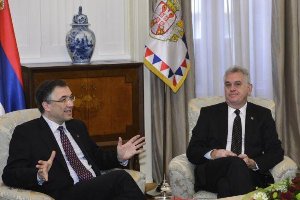 OPROŠTAJNA POSETA: Nikolić se sastao sa kanadskim ambasadorom
