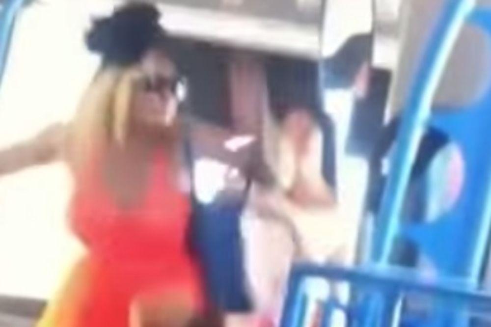 (VIDEO) SKANDALOZNO: Devojka (21) pretukla penzionera (77), dobila uslovnu kaznu!